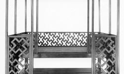 Кровать-альков. Мин. Хуанхуали. Размер ложа кровати 207х141. Высота 208, длина 207, ширина 207, высота с учетом дипин 227 см.