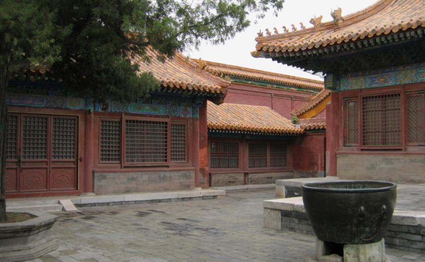 Обстановка традиционного китайского жилища на севере Китая